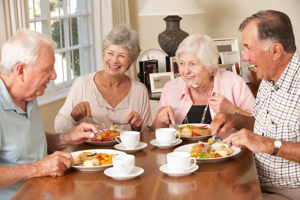 Diétás idősek nap mint nap. Élelmiszer és mennyiségek