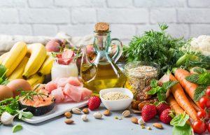 Starsi dieta: produkty, aby uniknąć i zaproponował żywnością