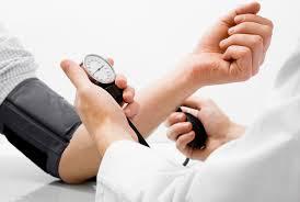 Nadciśnienie tętnicze towarzyszą również pewnymi warunkami,